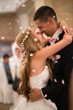 pyrvi svatben tanc